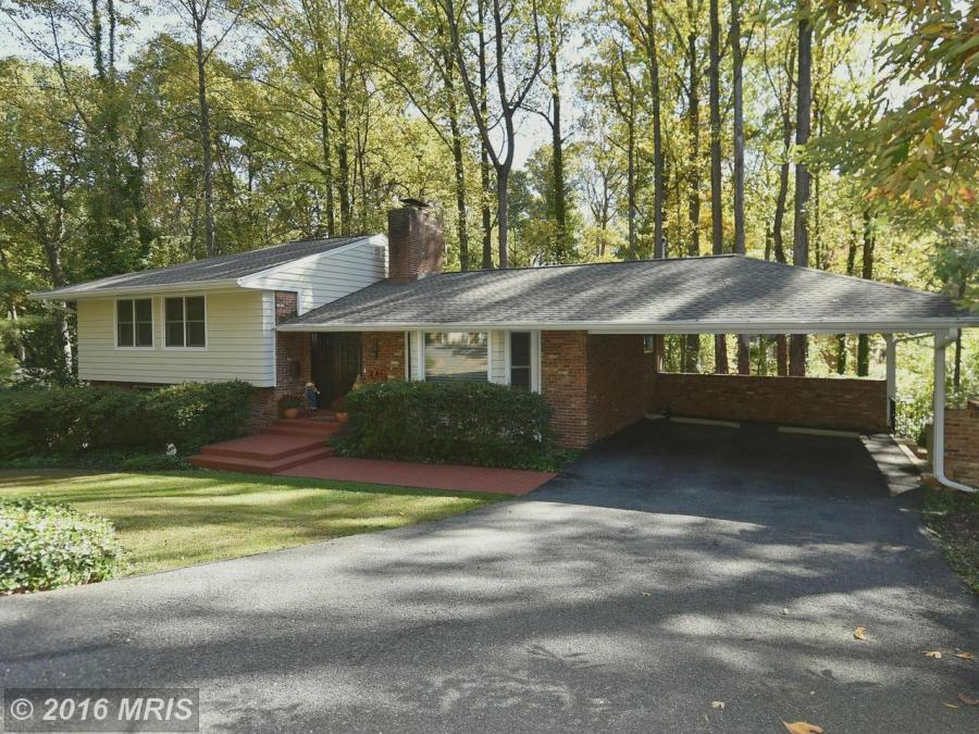 3409 Rusticway Ln Falls Church, VA 22044