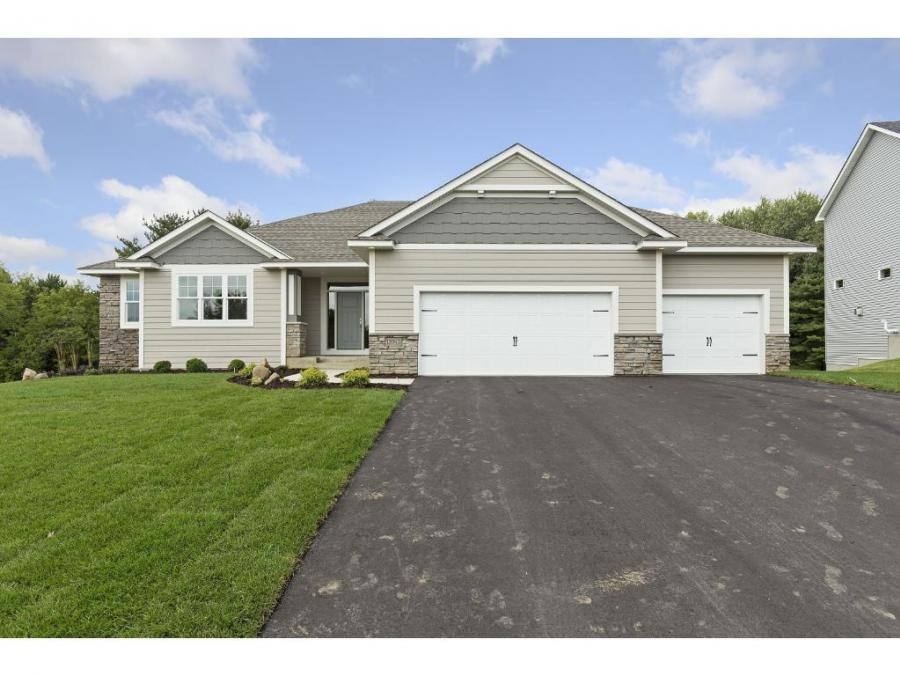18934 Jewel Court Lakeville, MN 55044